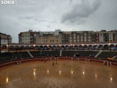 Aplazada la novillada de la tarde del Viernes de Toros por un diluvio esperado