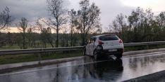 Foto 2 - AMPLIACIÓN. Dos heridos graves y tres leves en un accidente en Valonsadero