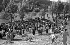 La pradera de San Polo un Lunes de Bailas de los años 50. AHPSo 30978 Fondo Vives