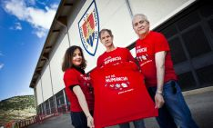Calvo, Antón y Fernández este miércoles con la camiseta. /Diego Mayor