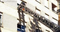 Los bomberos intervienen por una vecina que no contestaba en su domicilio