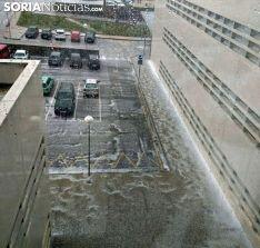 Imagen tras la borrasca a través de una ventana del Santa Bárbara. /SN