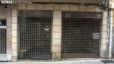 Un negocio comercial cerrado de la ciudad. /SN