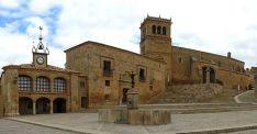 Imagen de la plaza principal de la localidad.