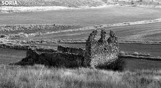 Ruinas de la iglesia en el despoblado de La Pica en la cuenca del Rituerto. /SN