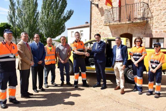 La visita del consejero de Fomento y Medio Ambiente a Alconaba y Navaleno.