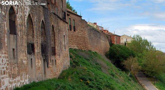 Una imagen de la muralla de Almazán. /SN