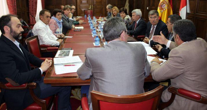 Imagen del encuentro celebrado en la sede de la Subdelegación.