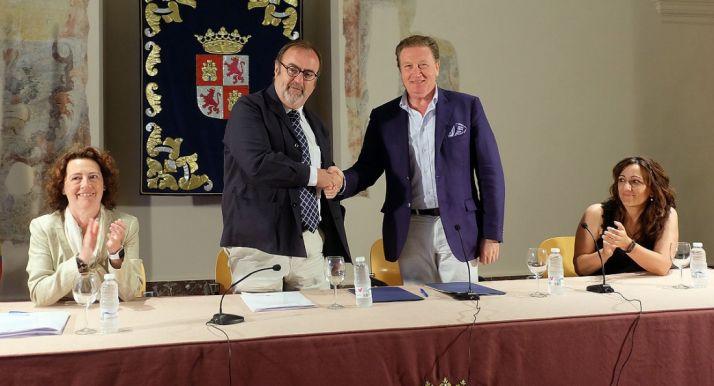 Imagen de la firma del convenio. /Jta.
