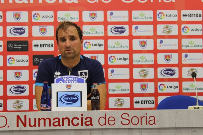 """Foto 1 - Arrasate: """"Lo que vale es la jornada 42. Nos hemos ganado el derecho de jugar contra el Zaragoza"""""""