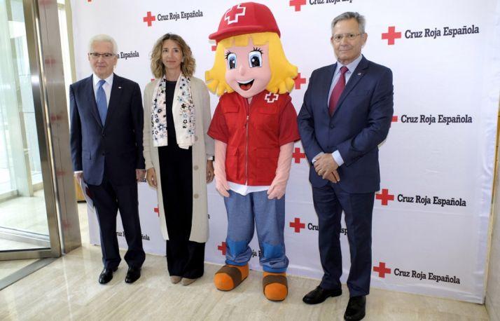 La colaboración entre Junta y Cruz Roja permite atender a 18.000 personas vulnerables al año en CyL