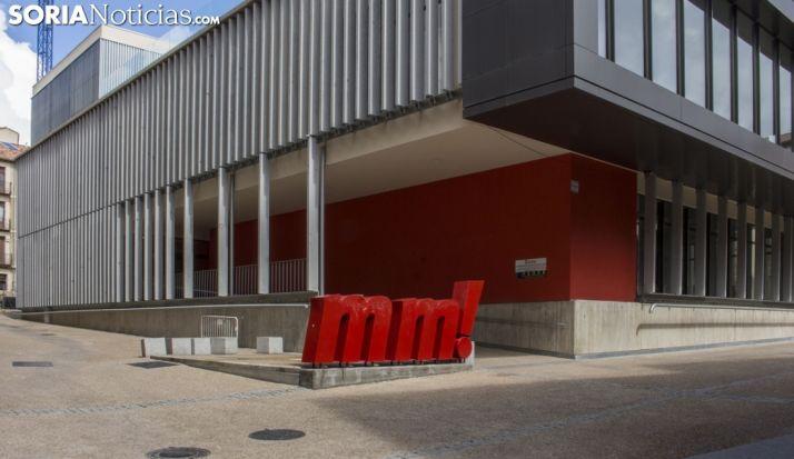 Imagen exterior del Mercado Municipal.