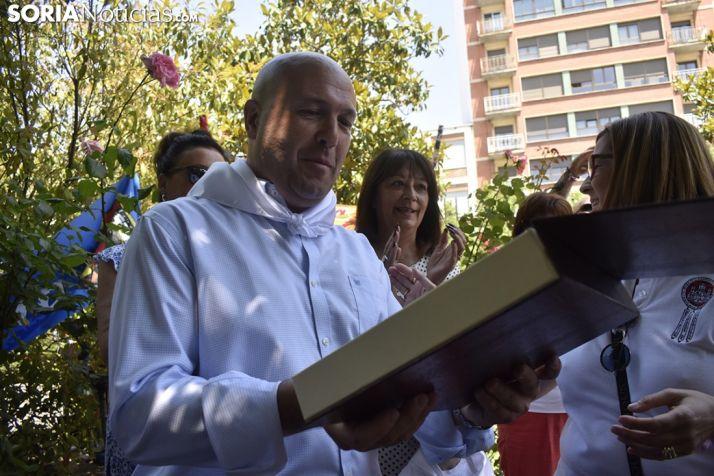 Imágenes del homenaje a Don Paco y Don Jesús. /EM