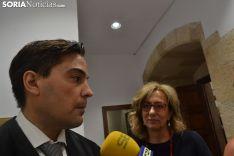 Padín y Lourdes Rodríguez ante la prensa. /SN