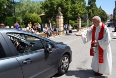 Foto 4 - Galería de imágenes de la bendición de vehículos en Soria