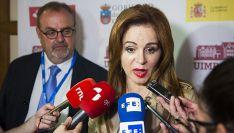 Silvia Clemente, acompañada por el consejero de Educación, Fernando Rey este lunes. /UIMP