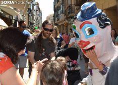 GALERÍA: Mañana de gigantes y cabezudos en Soria