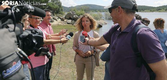 Alicia García, este lunes en el pantano. /SN