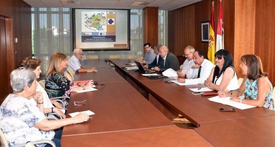Imagen de la reunión del Consejo de Salud de Área este miércoles. /Jta.