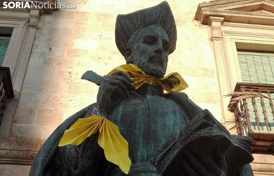 La estatua de Diego Láinez este martes. /SN