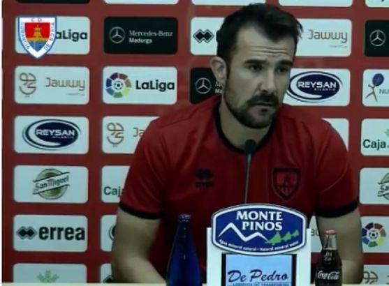 El nuevo entrenador, Aritz López Garai.