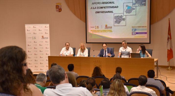 Imagen de la jornada este jueves en la sede de la Delegación de la Junta en Soria. /Jta.