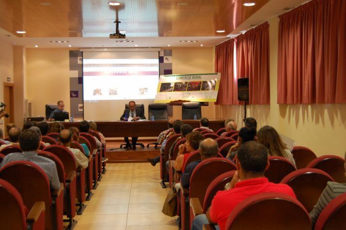 Presentación del estudio a los alcaldes.