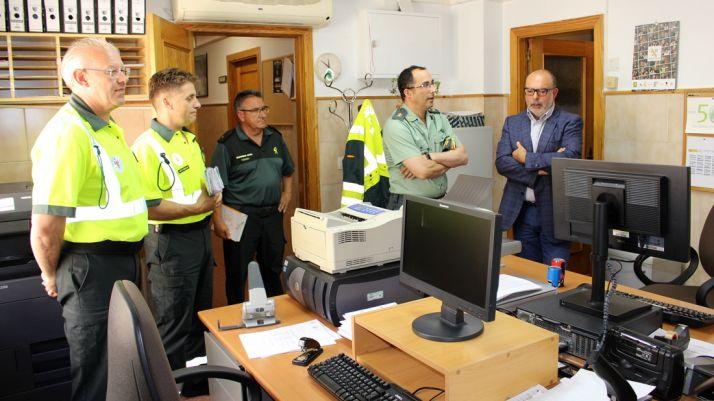 Latorre (dcha.), junto al coronel Andrés Velarde. /SdG