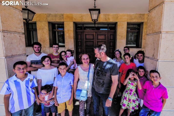 Los 17 miembros de la familia Jiménez Peral, nuevos vecinos de Almazán