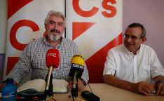 José Ignacio Delgado, procurador de Ciudadanos en las Cortes de Castilla y León, junto al concejal soriano Jesús de Lózar.