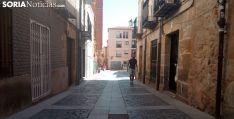 Una imagen de la calle Zapatería en su entronque con la plaza Fuente Cabrejas. /SN