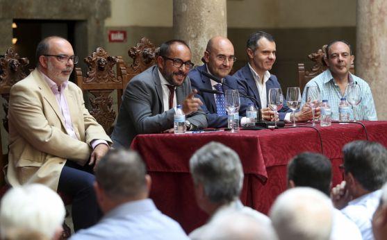 Encuentro de Casas Regionales. Wifredo García.