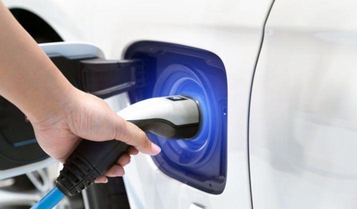 Foto 1 - El número de vehículos eléctricos en circulación en España se ha triplicado en cinco años, hasta 27.689 unidades