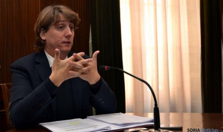 Carlos Martínez aclara que no hay contratos con Aralia, vinculada con Enredadera