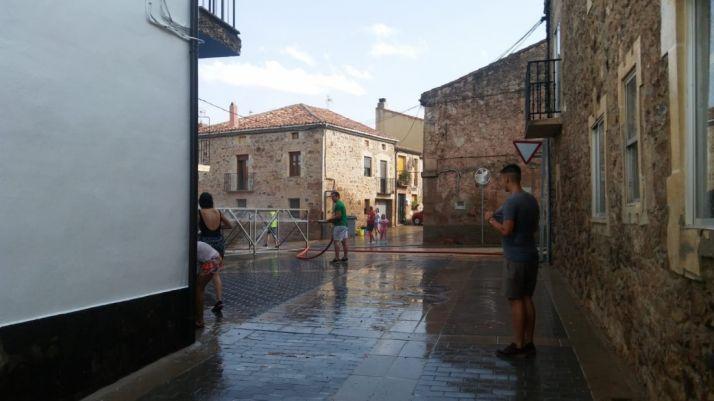 Foto 2 - Las fiestas del barrio de Las Casas, en imágenes