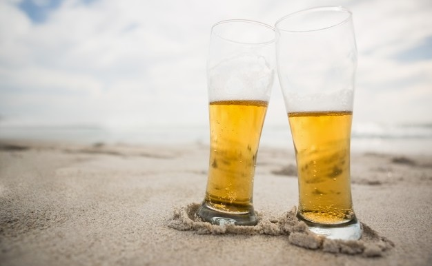 """Foto 1 - El verano perfecto: """"cervezas, tapas y playa"""""""