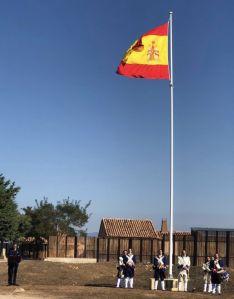 Solemne izado de la bandera de España en el yacimiento de Numancia y en Soria
