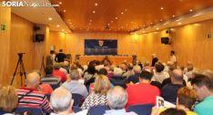 Imagen de la Junta de accionistas del Numancia este lunes en el centro Gaya Nuño. /SN