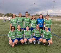 El CD San José femenino, durante su primer test en Calatayud. CD San José
