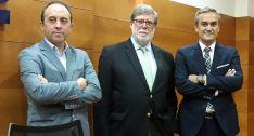 Ortiz, (izda.), Aparicio y Sayagués en la presentación de la nueva entidad este jueves.