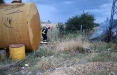 Foto 3 - Arde una porción de terreno cercano a la gasolinera de Almazán