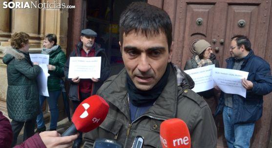 Javier Sanz de la Cal en una concentración de funcionarios en marzo. /SN