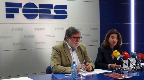 Santiago Aparicio y María Ángeles Fernández.