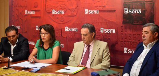 De derecha a izquierda: Raúl Lozano, Lourdes Andrés, Anselmo García y Gustavo Gonzalo. /Ayto.