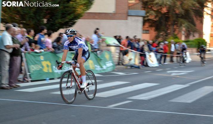 Una prueba ciclista por las calles de la capital. /SN