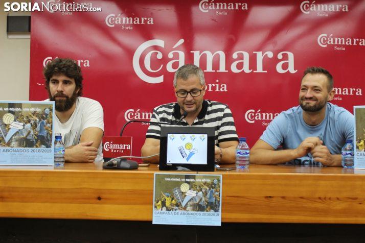 Manuel Sevillano, Alfredo Cabrerizo y Manu Salvador, en la Cámara de Comercio.