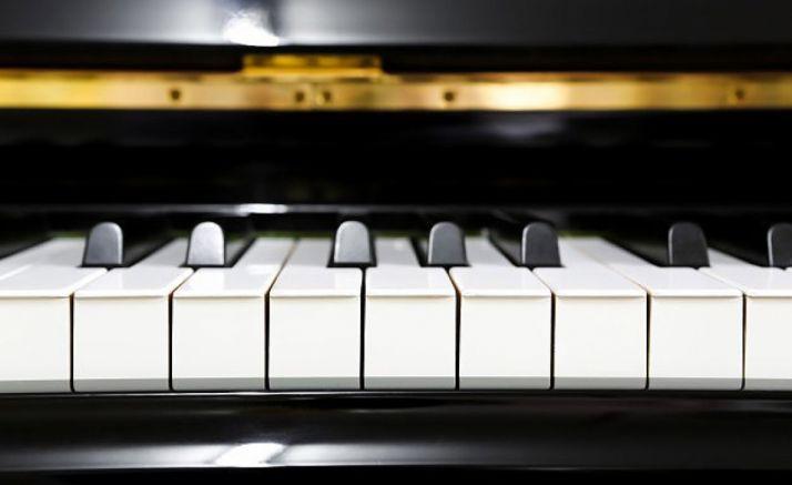 Foto 1 - Este viernes, concierto de piano en el Casino homenaje a Ludovico Einaudi