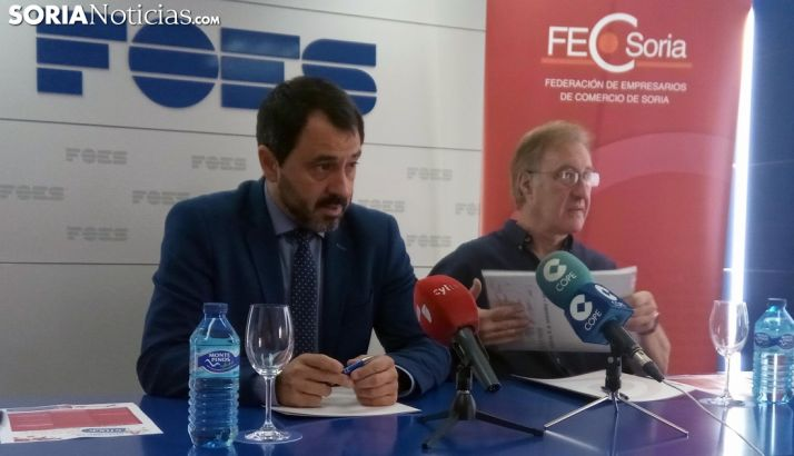Javier Muñoz (izda.) y Alberto Gil este miércoles. /SN
