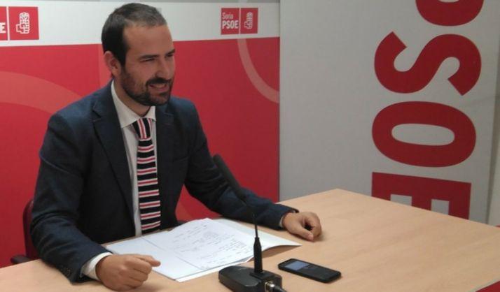 Foto 1 - Ángel Hernández denuncia el descenso de profesores especialistas en Inglés