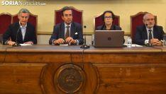 Una imagen de la ponencia este martes en el IES Machado. /SN